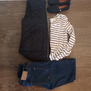 Zara Ankle Zip Skinny Jeans (size 4)